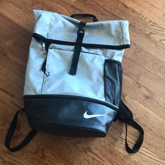 aca9c4baf8c8 Nike Golf Sport Back Pack. M 5b3ea0439539f793ef7a956e
